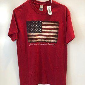 GILDAN red American flag t-shirt